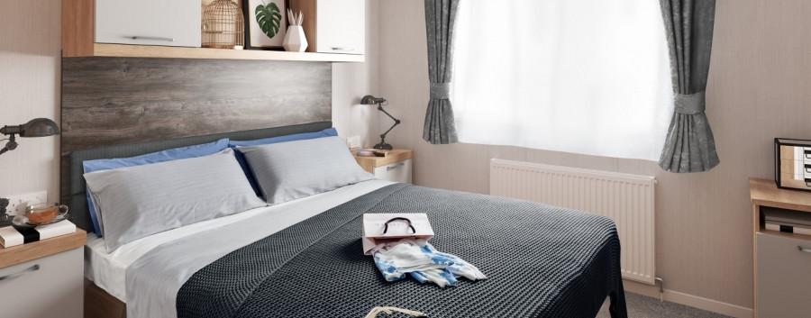 [INT]-Swift-Bordeaux-Platinum-master-bed