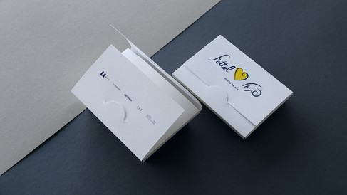 1Bcard+holder.jpg