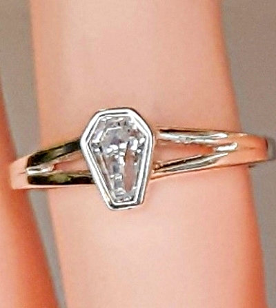 1ct Bezel Set Solitaire Ring - Size 7