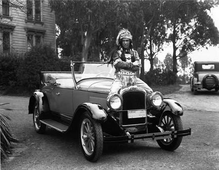 1927-Pontiac-and-indian.jpg