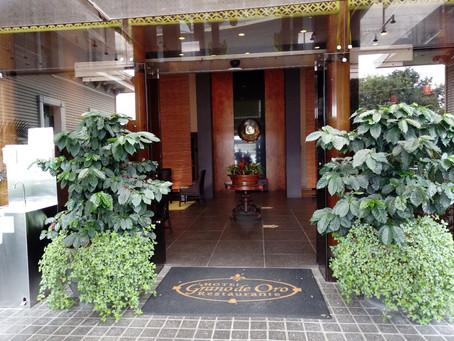 サンホセ市内にある最高の雰囲気のレストラン!     Grano de Oro Hotel and Restaurant(黄金の種)