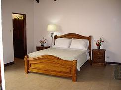Queen size bed.JPG