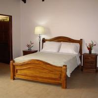 Queen size bed.JPG.jpg