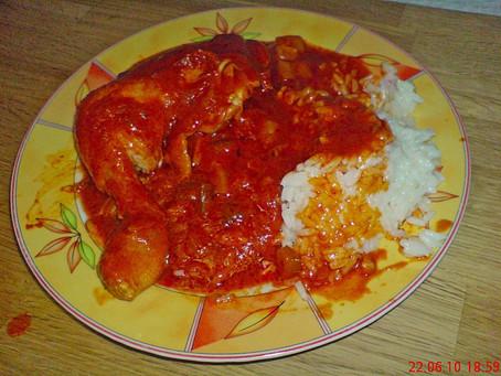 Afrikanisches Tomaten - Hähnchen mit Reis