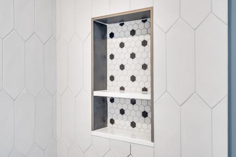 Bathroom niche tile trim