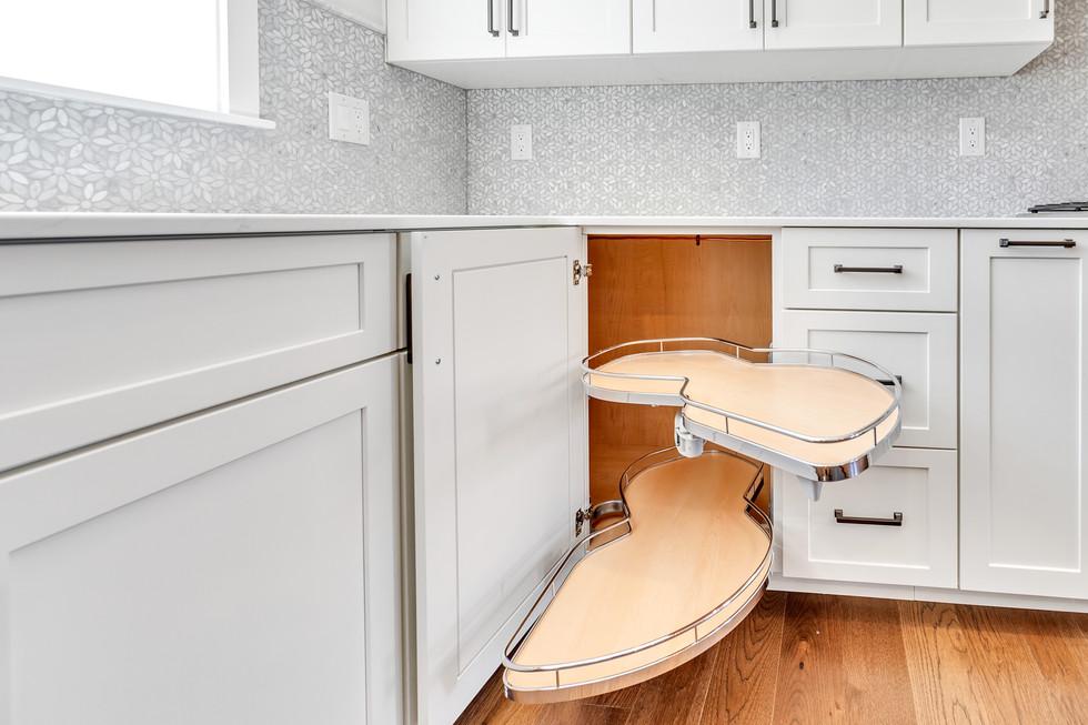 Blind Corner Pullout Kitchen Cabinet