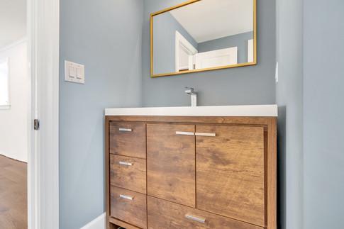 Single sink wood bathroom vanity cabinet
