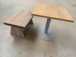nízký stolek