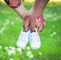 bigstock-Cropped-Shot-View-Of-Expecting-