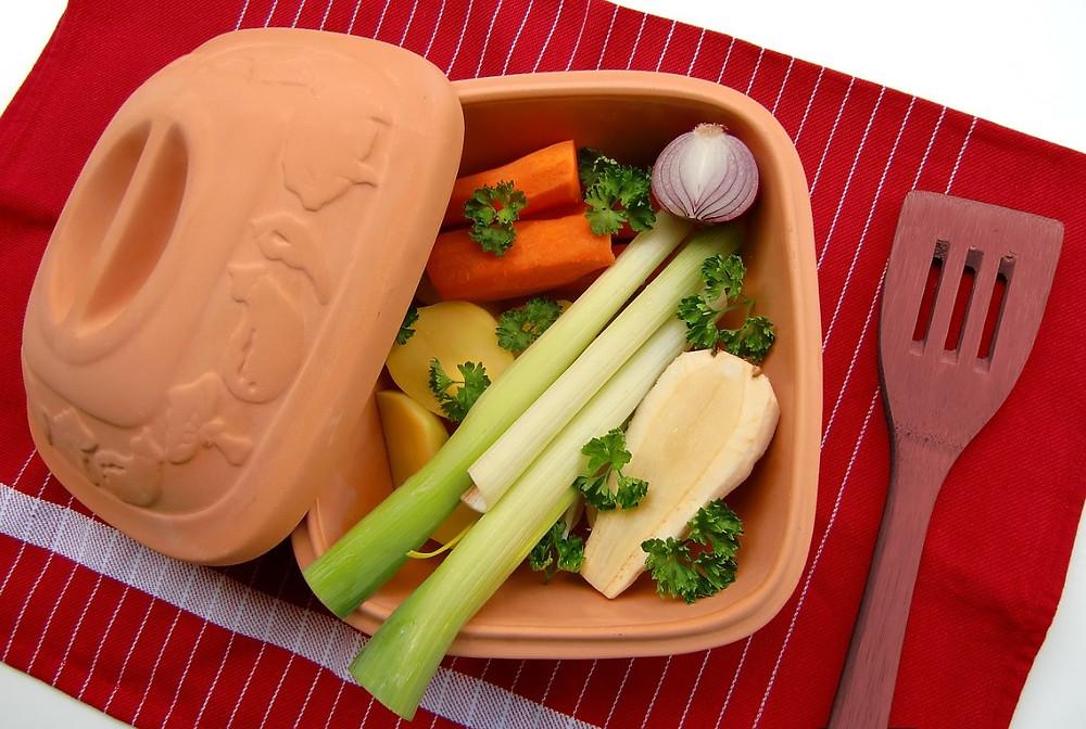 Hora do lanche, marmita com salada de legumes e vegetais | Foto Pixabay