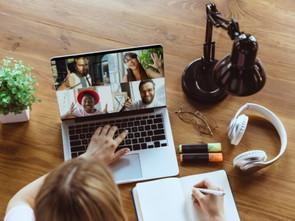 Como Criar em Casa um Espaço Descolado para Trabalhar e Estudar Online