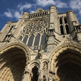 Arquitetura Sagrada: um Foco de Luz