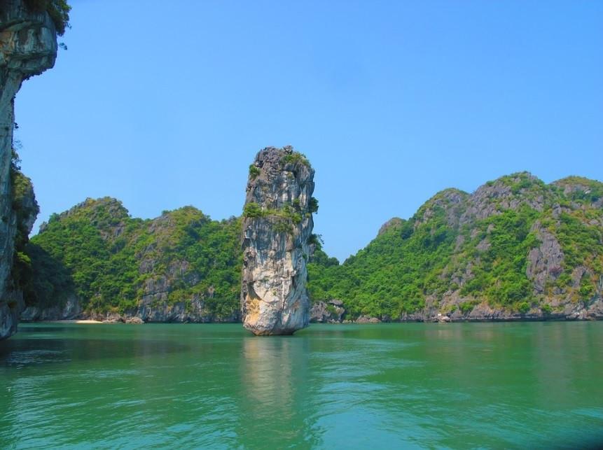 Pedra Sedimentar de Calcário Carste na Baía de Ha Long, Vietnã | Foto Pixabay