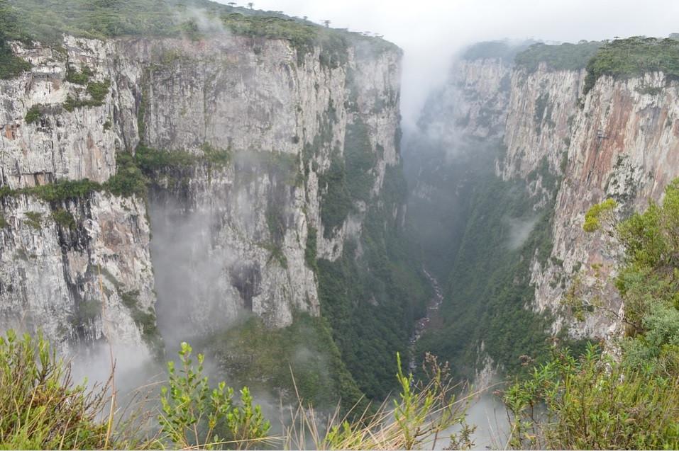 Cânion do Itaimbezinho – Aparados da Serra, Cambará do Sul/ RS | Foto Pixabay