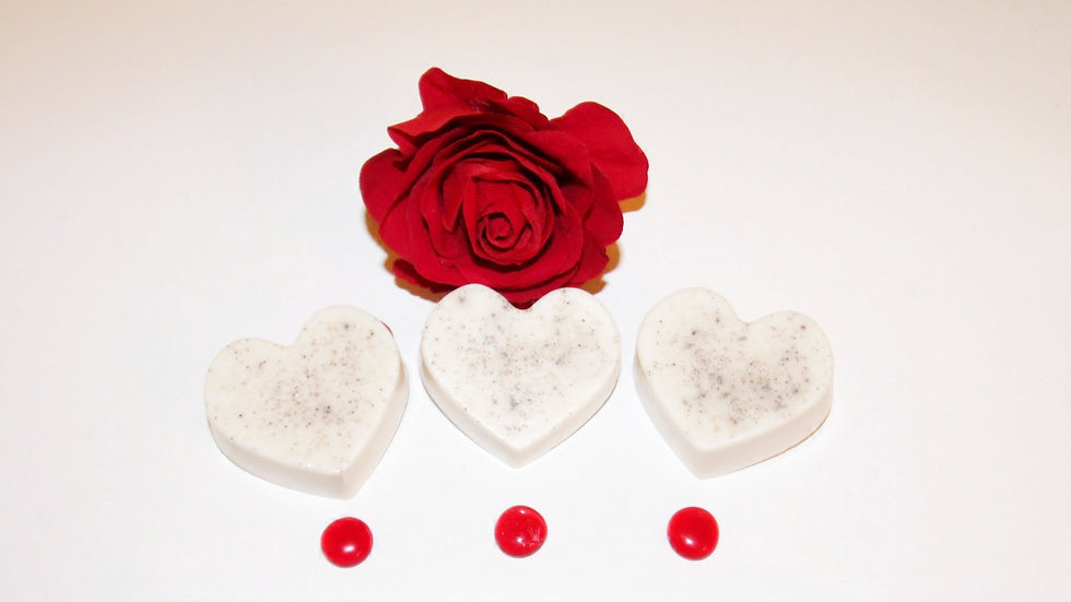 Kimmie Essential™ Rose Heart Soap Bar