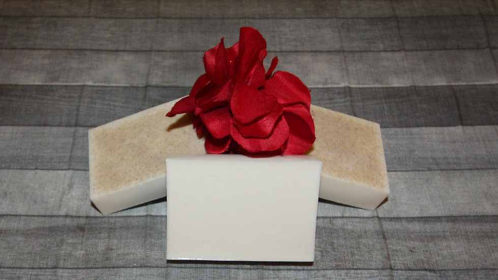 Kimmie Essential™ Shea Butter Cup Soap