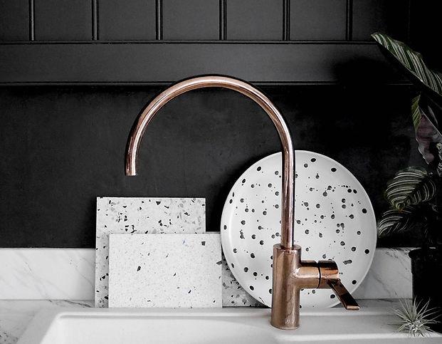 Black_Kitchen_Copper_Sink_B4.jpg