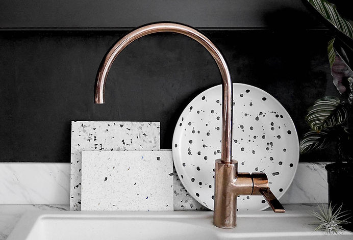 Black_Kitchen_Copper_Sink_B4.jpg
