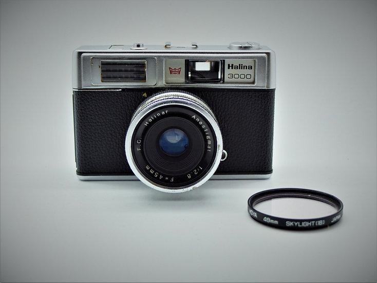 Halina 3000 Vintage 1974 35mm Camera