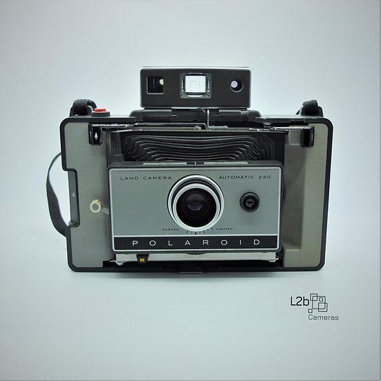Polaroid 230 Automatic Instant Land Camera