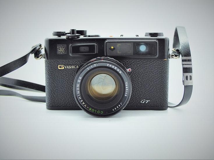 Yashica 35 GT Electro Rangefinder Camera & Case