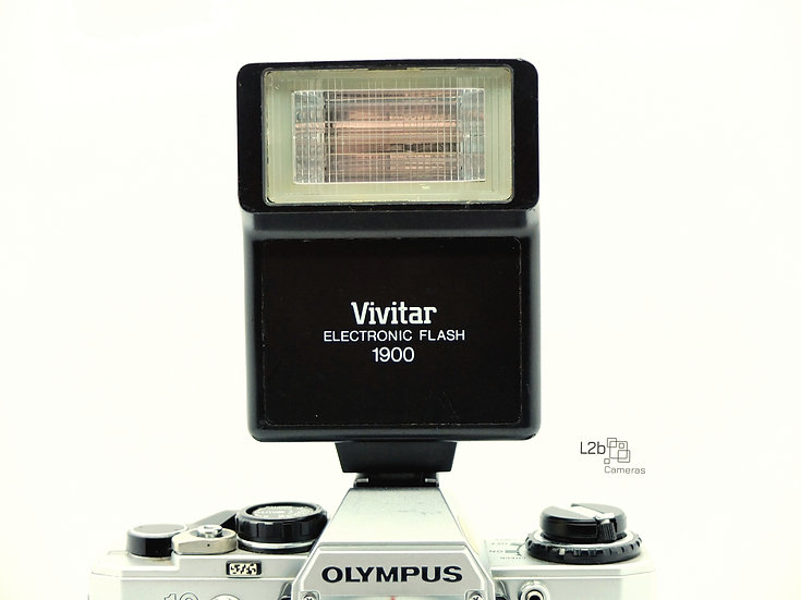 Vivitar 1900 Electronic Flash Unit