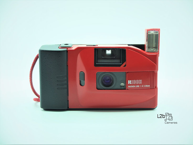 RICOH YF-20 35mm Point & Shoot Camera & Case
