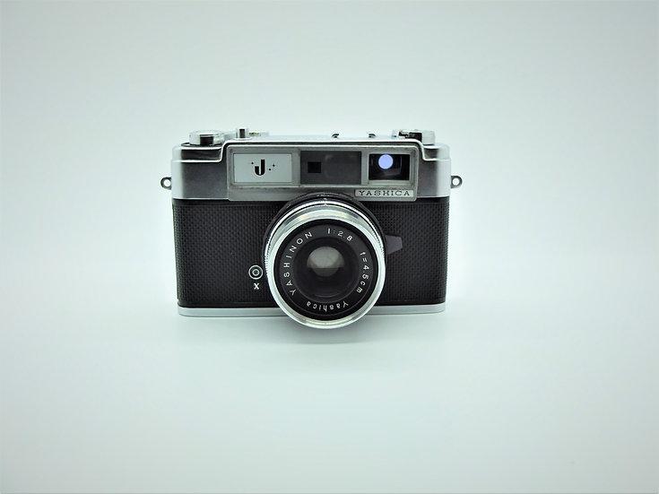 Yashica J 35mm Rangefinder Camera