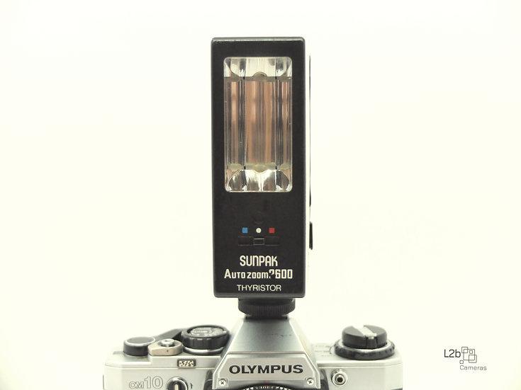 SUNPAK Auto Zoom 2600 Flash Unit