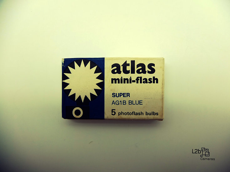 Atlas mini-flash AG1B Blue Vintage Flash Bulbs.