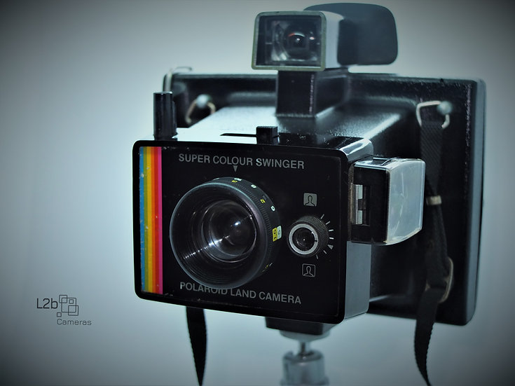 Polaroid Super Colour Swinger Camera