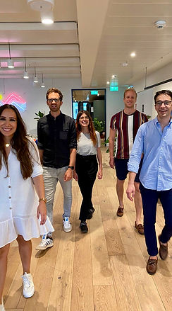 Teambild WeWork Catwalk 3.jpeg