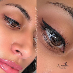 "Top Eyeliner and Full Lip Color ""Lip Blu"