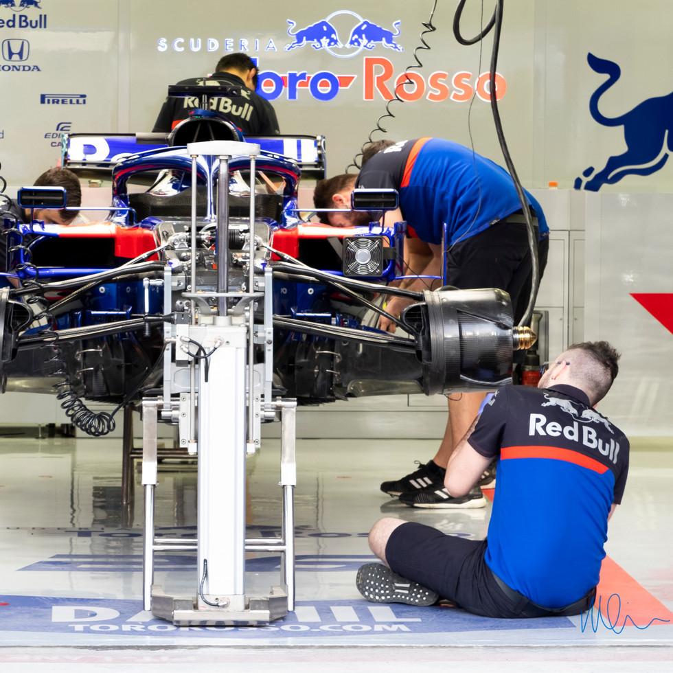 Toro Rosso Pit.jpg