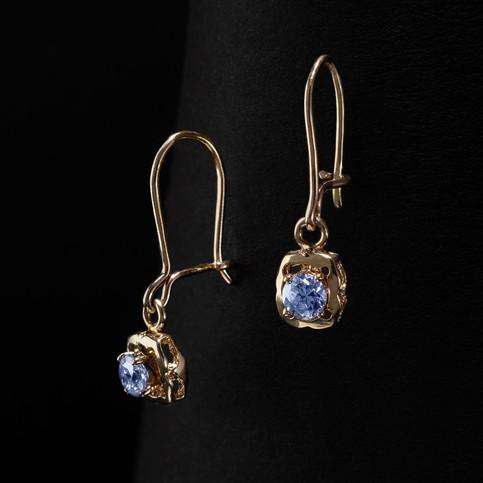 fotografia produktowa biżuteria kolczyki złote
