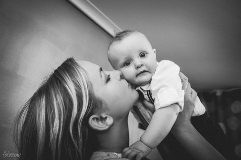 Chrzciny - portret rodzinny by fotosceny