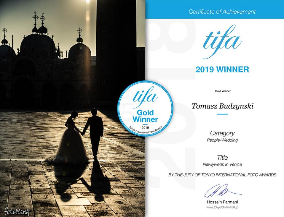 Fotosceny Tomasz Budzyński TIFA 2019 Gold Winner Category People-Wedding Tokyo International Foto Awards
