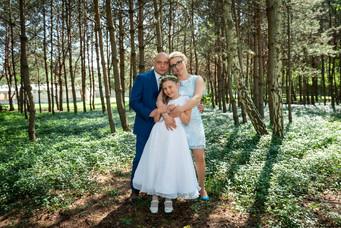Pierwsza komunia - portret rodzinny by fotosceny
