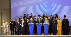 UE religions Family_photo
