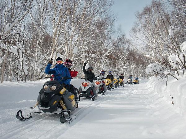 snowmobile01.jpeg