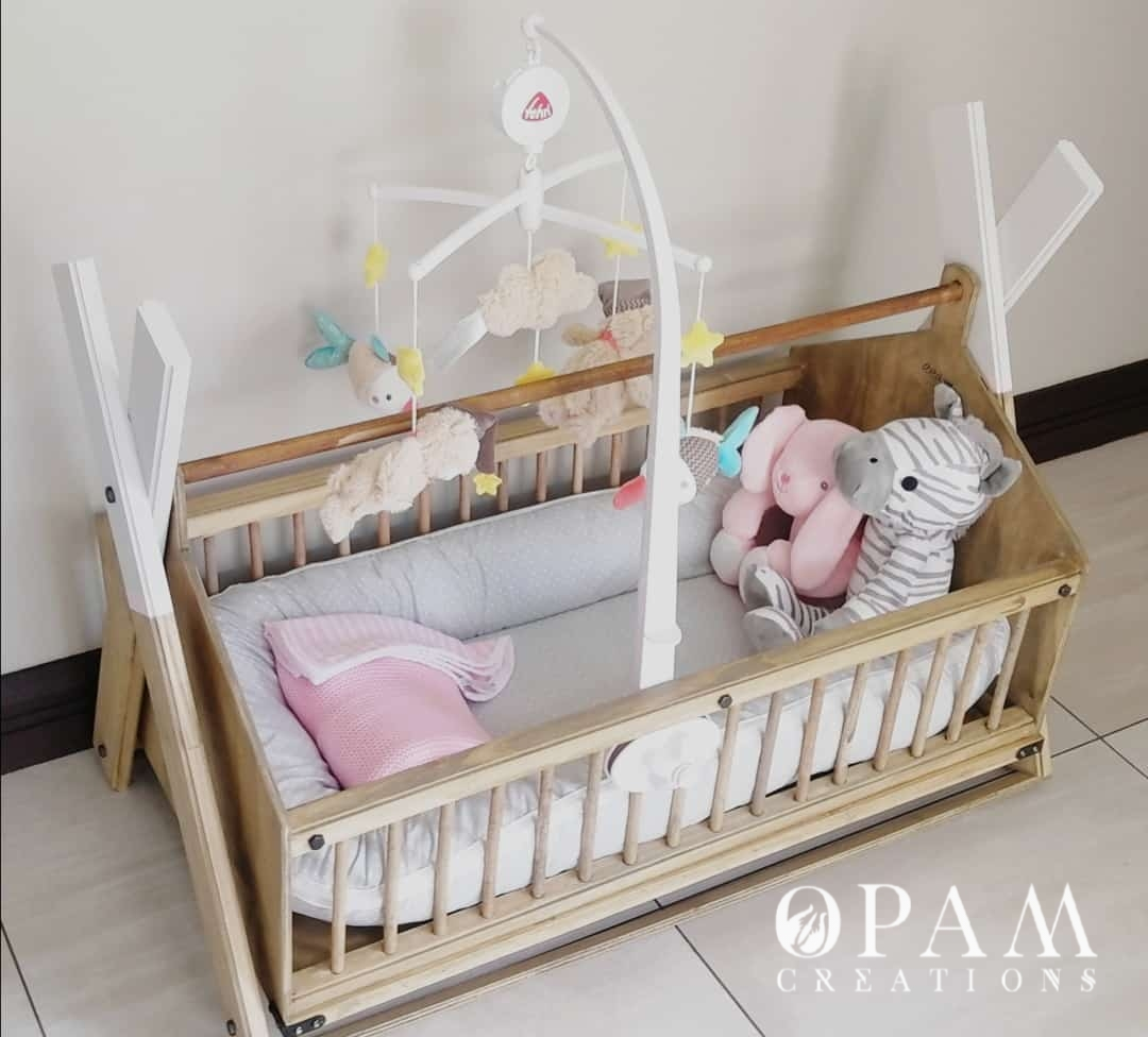 Decorated Custom Baby Wooden Crib