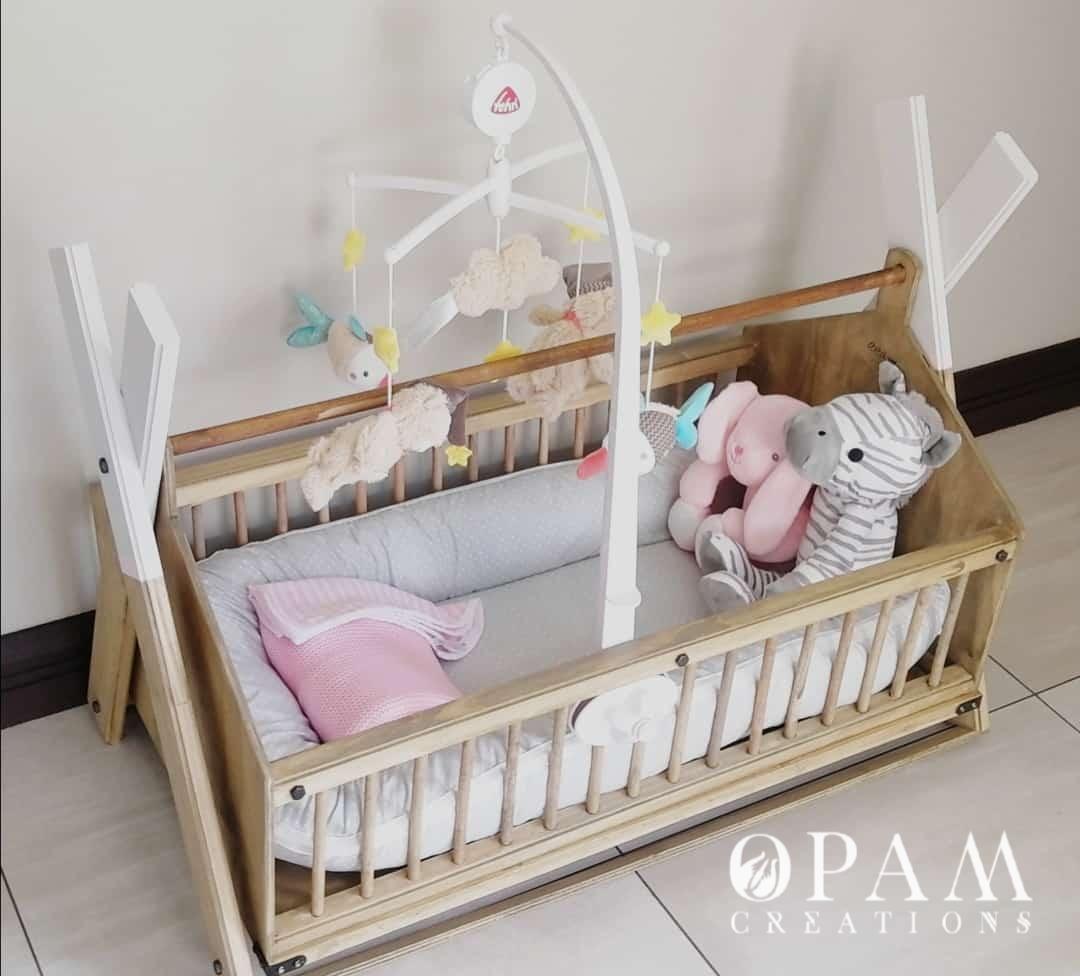 Decorated Custom Baby Wooden Crib