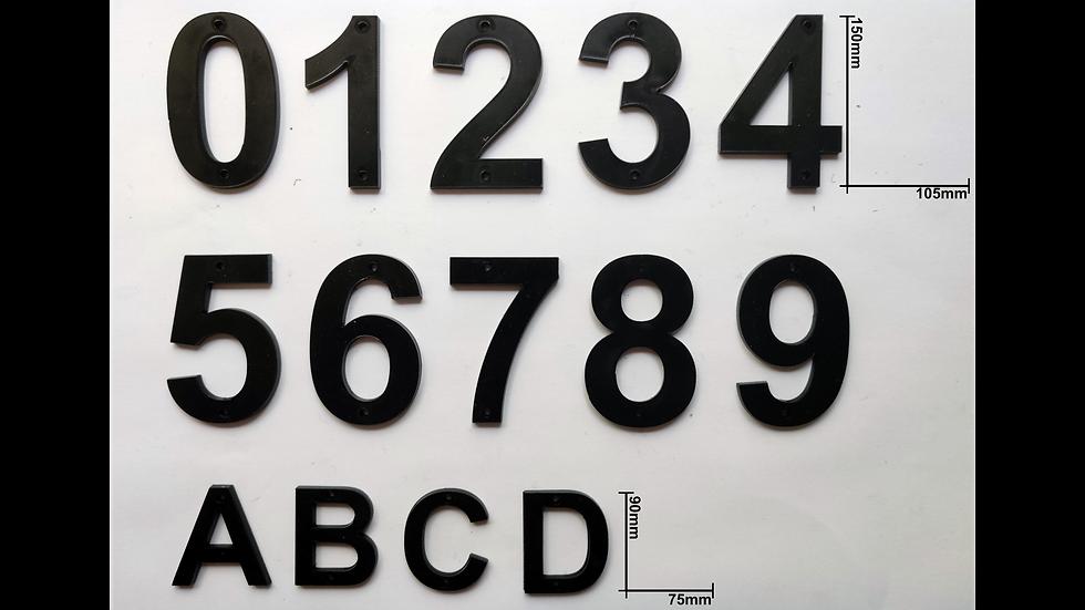 Siffror och bokstaver i akryl