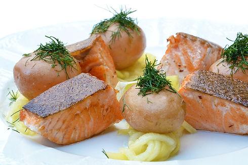 salmon-560987_1280.jpg