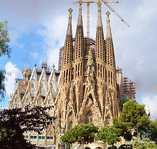 cathedral-235234__340.jpg