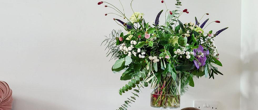 The mini bundle - 1 Large Footed Vase + Urn