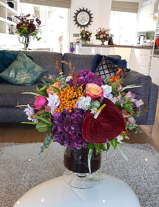 The full bundle - Large Urn+Coffee Table Vase + 2 small Urns