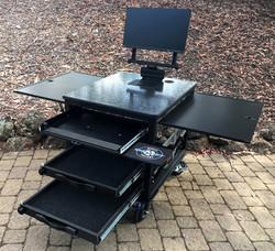 SingleRack Cart, with swingup- monitor mount, kb drawer, monitor storage drawers, flip up panels