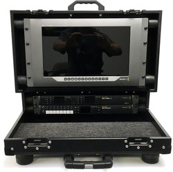 Bigfoot Versa Briefcase with 2RU main shockrack option and 6RU shockrack lid racks