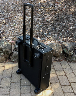 Versa Briefcase  extended handle